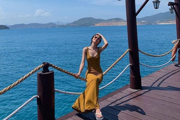 Ngày 2: Khám Phá Biển Đảo Nha Trang (Ăn: Sáng, Trưa, Tối)