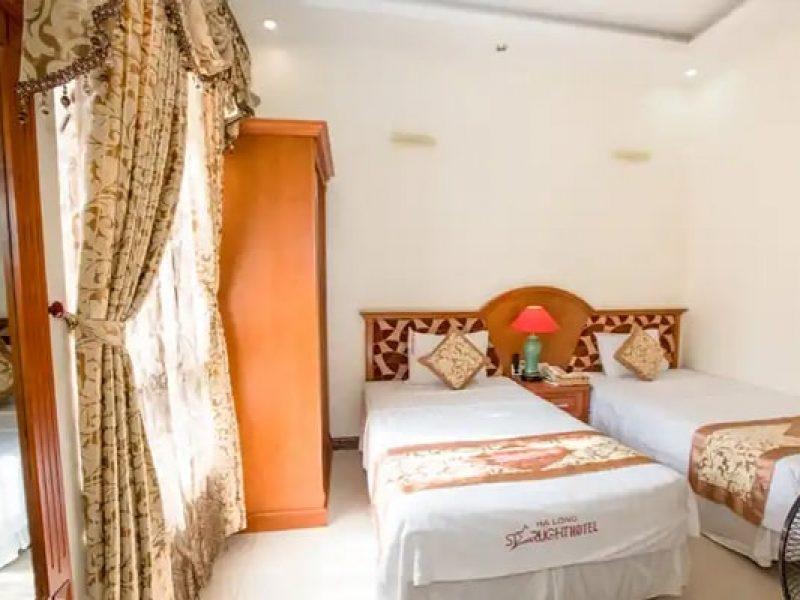 Khách sạn StarLight Hạ Long